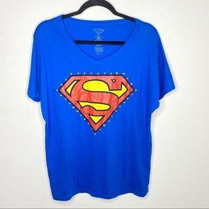 🦋3/$15 Womens Superman T-Shirt Size 2X